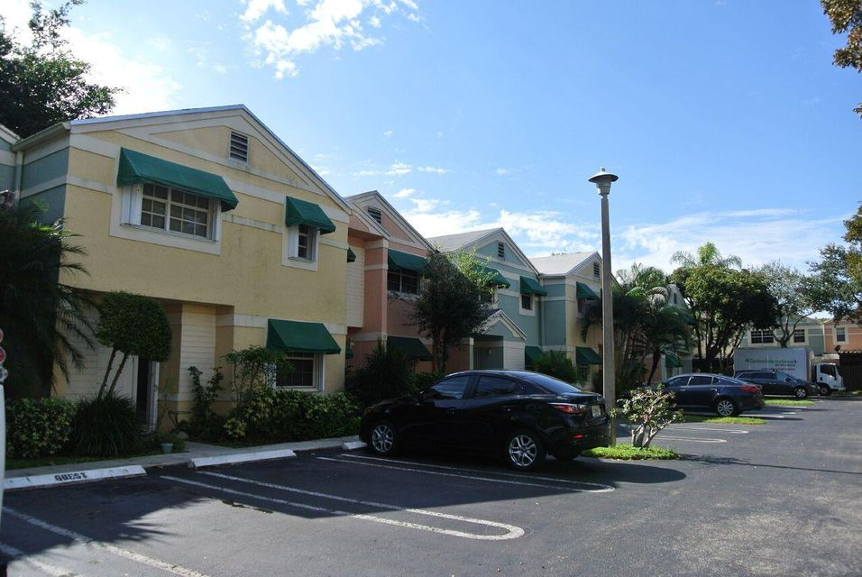 Home for sale in FLAMINGO GARDENS Cooper City Florida