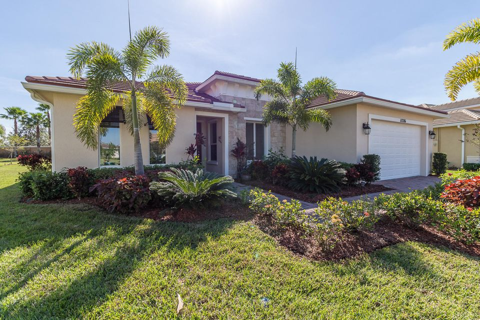 11276 SW Apple Blossom Trail, Port Saint Lucie, FL 34987