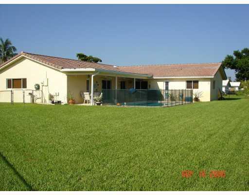 9031 NW 23rd Street, Coral Springs, FL 33065