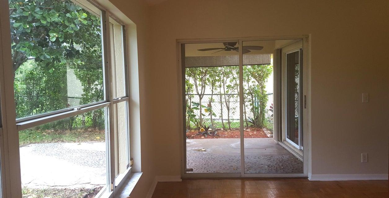 3047 Casa Rio Court Palm Beach Gardens FL 33418