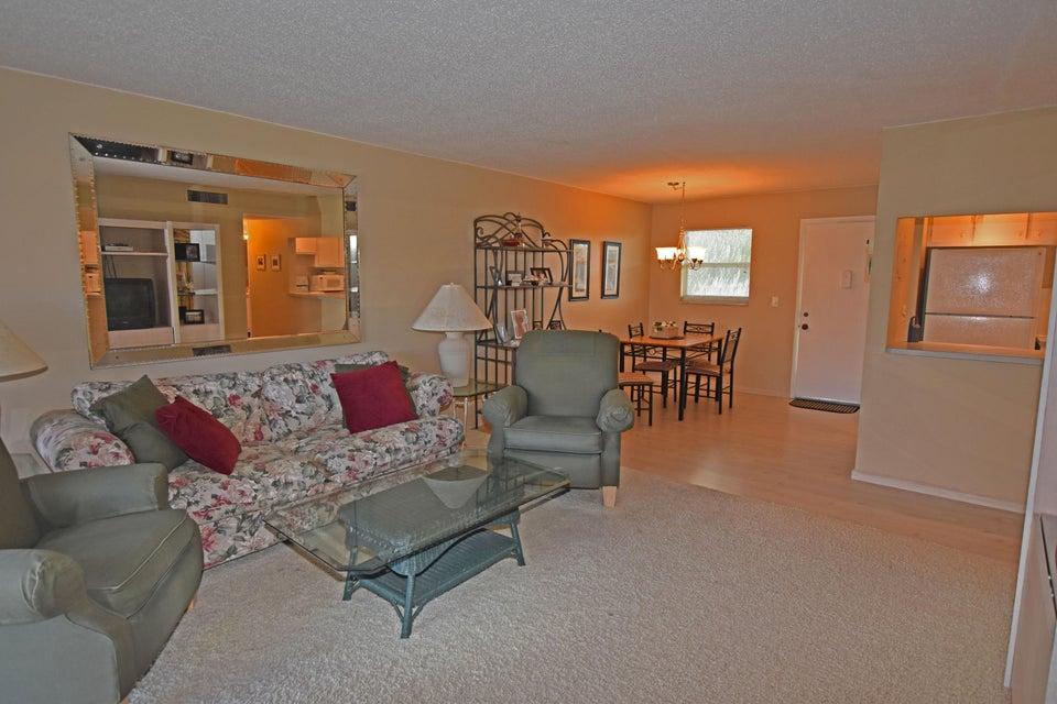 715 Lori Drive 305, Palm Springs, FL 33461