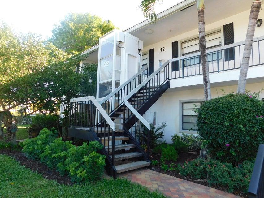 52 Stratford Lane W B, Boynton Beach, FL 33436