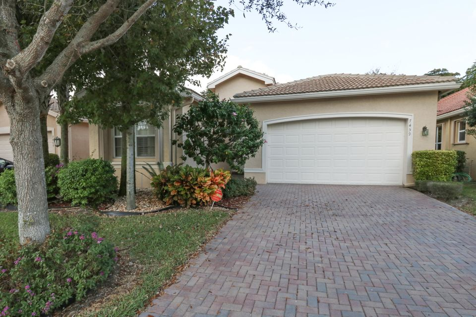 7459 Maple Ridge Trail, Boynton Beach, FL 33437