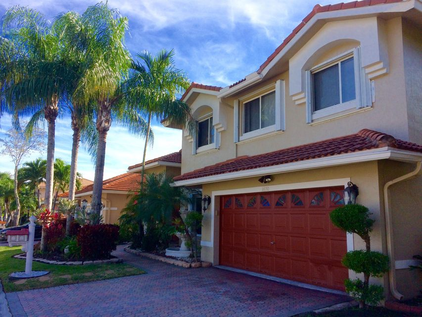 11650 SW 12th Street, Pembroke Pines, FL 33025