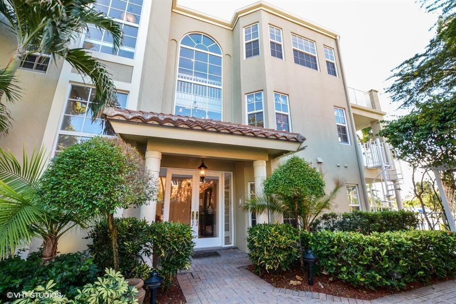 Stadthaus für Verkauf beim 1125 Bel Air Drive 1125 Bel Air Drive Highland Beach, Florida 33487 Vereinigte Staaten