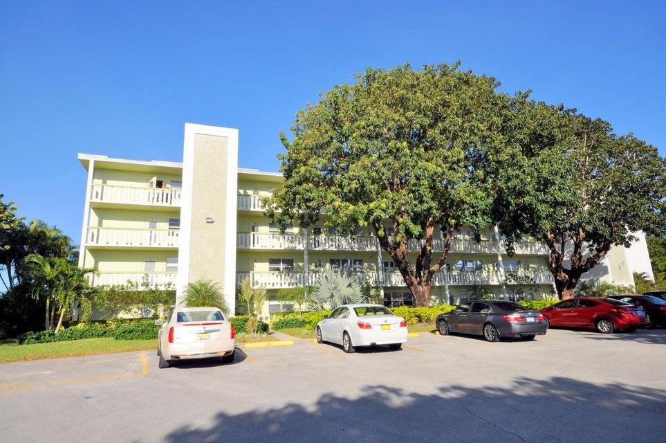 223 Southampton B, West Palm Beach, FL 33417