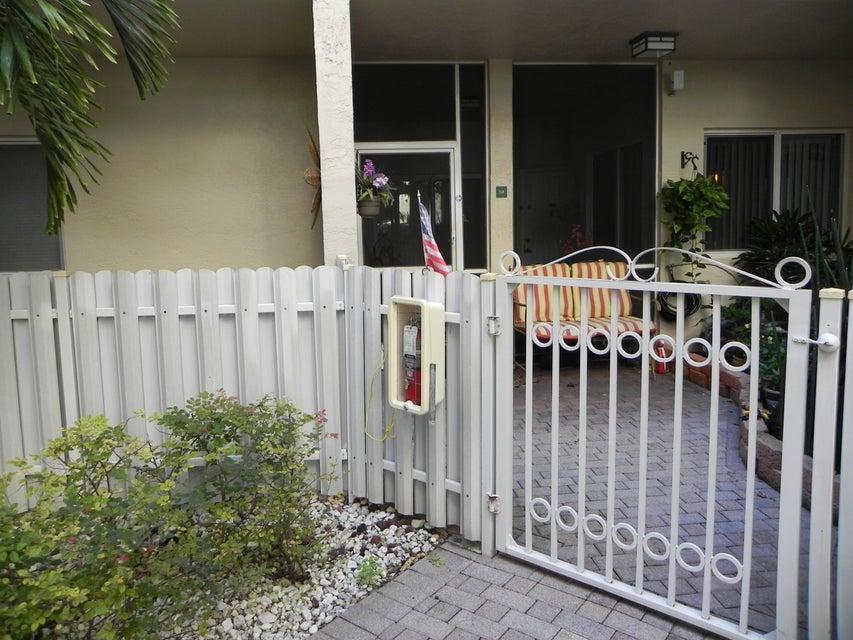 7623 Southampton Terrace 108, Tamarac, FL 33321