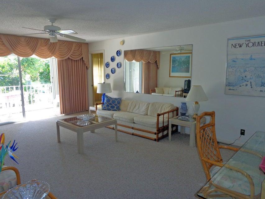 1260 Sugar Sands Boulevard 203, Singer Island, FL 33404