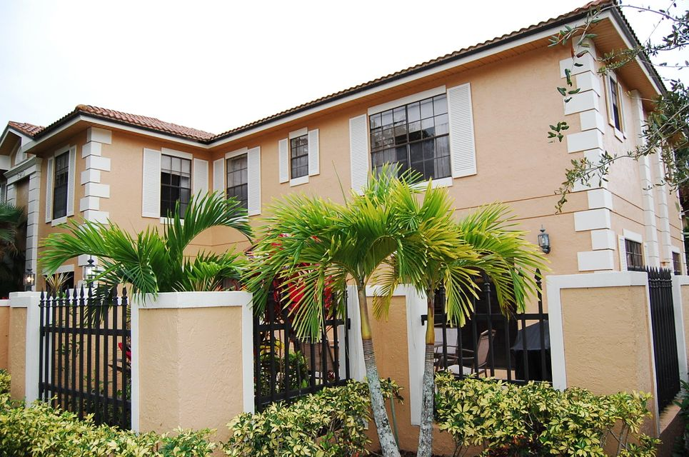 Additional photo for property listing at 390 Prestwick Circle 390 Prestwick Circle Palm Beach Gardens, Florida 33418 Vereinigte Staaten