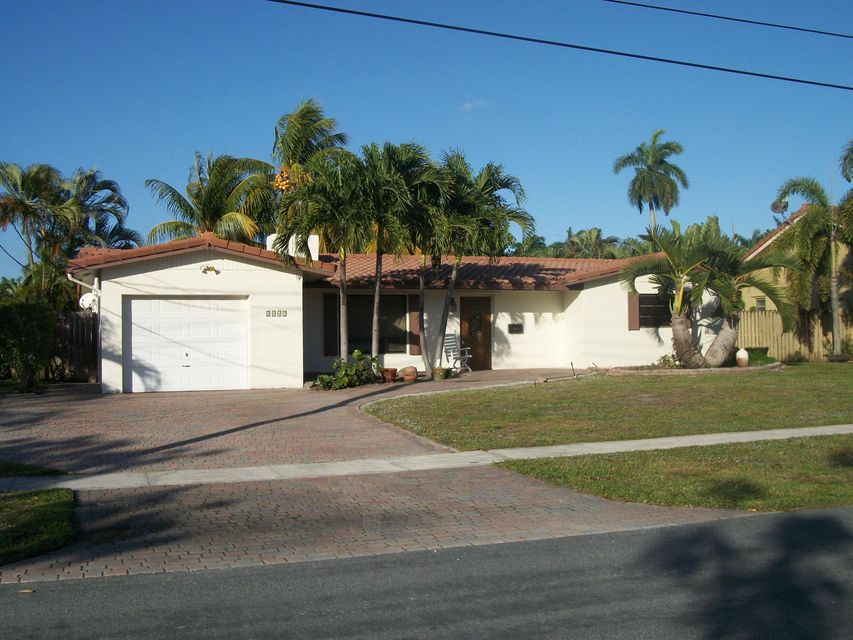 5841 SW 19th Street, Plantation, FL 33317