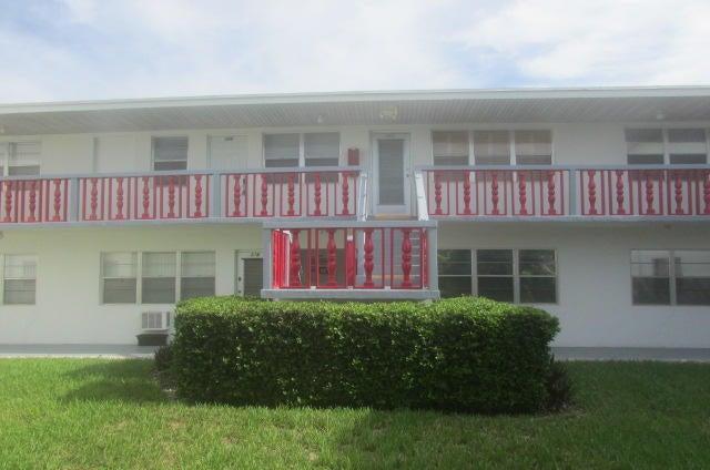 174 Waltham H 178, West Palm Beach, FL 33417
