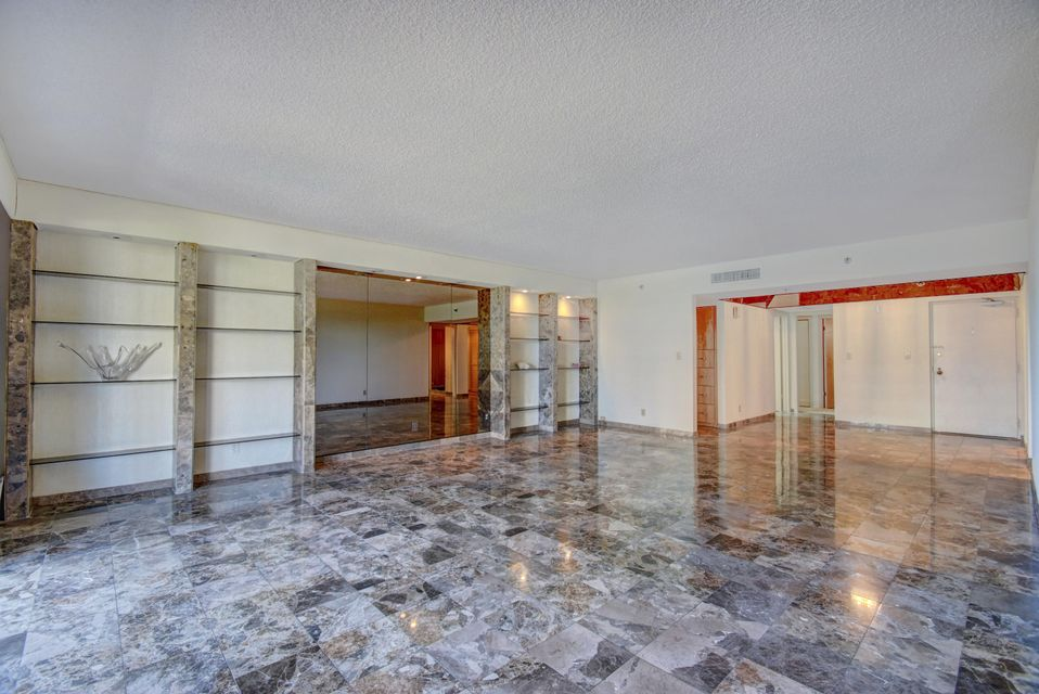 Additional photo for property listing at 1401 S Ocean Boulevard 1401 S Ocean Boulevard Boca Raton, Florida 33432 United States