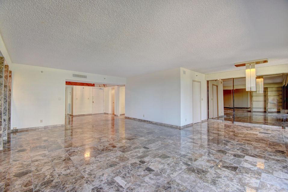 Additional photo for property listing at 1401 S Ocean Boulevard 1401 S Ocean Boulevard Boca Raton, Florida 33432 Estados Unidos