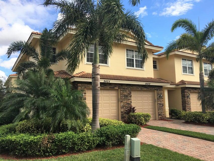 9425 SW Purple Martin Way, Stuart, FL 34997