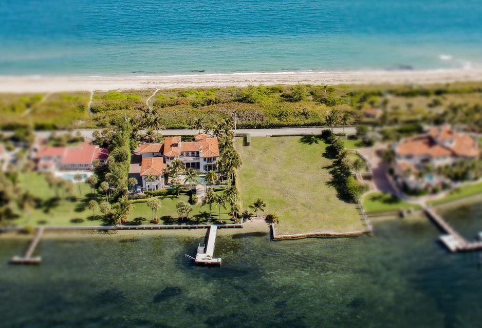 Single Family Home for Sale at 1920/1940 S Ocean Boulevard 1920/1940 S Ocean Boulevard Manalapan, Florida 33462 United States