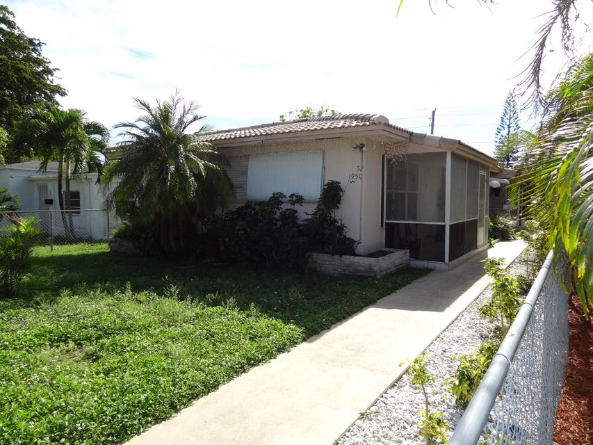 1950 Rodman Street, Hollywood, FL 33020