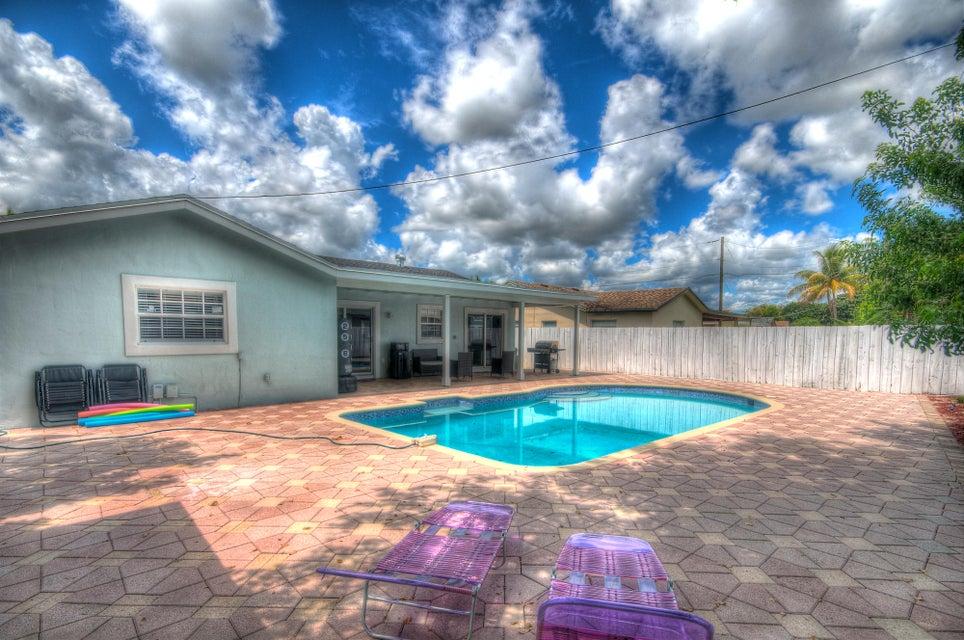 9245 SW 2nd Street, Boca Raton, FL 33428