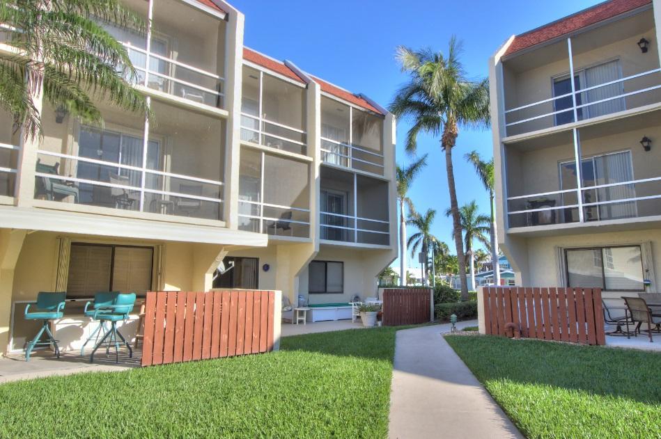 1300 Seaway Drive D6, Hutchinson Island, FL 34949
