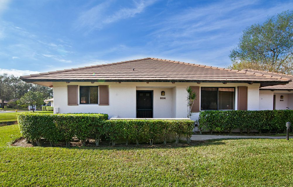 Villa for Rent at 804 Club Drive 804 Club Drive Palm Beach Gardens, Florida 33418 United States