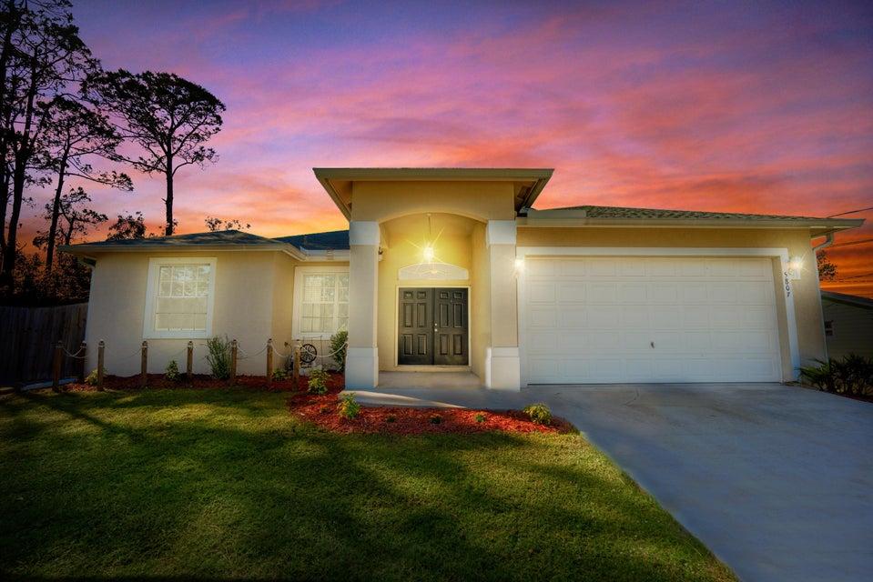 5807 Palm Drive, Fort Pierce, FL 34982
