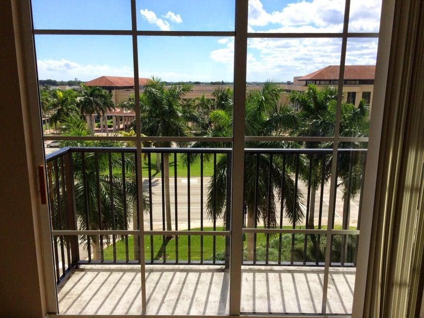 Cooperativa / condomínio para Locação às 651 Okeechobee Boulevard 651 Okeechobee Boulevard West Palm Beach, Florida 33401 Estados Unidos