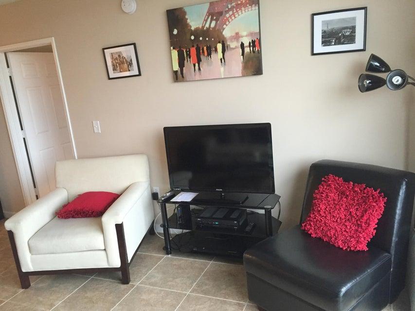 Additional photo for property listing at 651 Okeechobee Boulevard 651 Okeechobee Boulevard West Palm Beach, Florida 33401 Estados Unidos