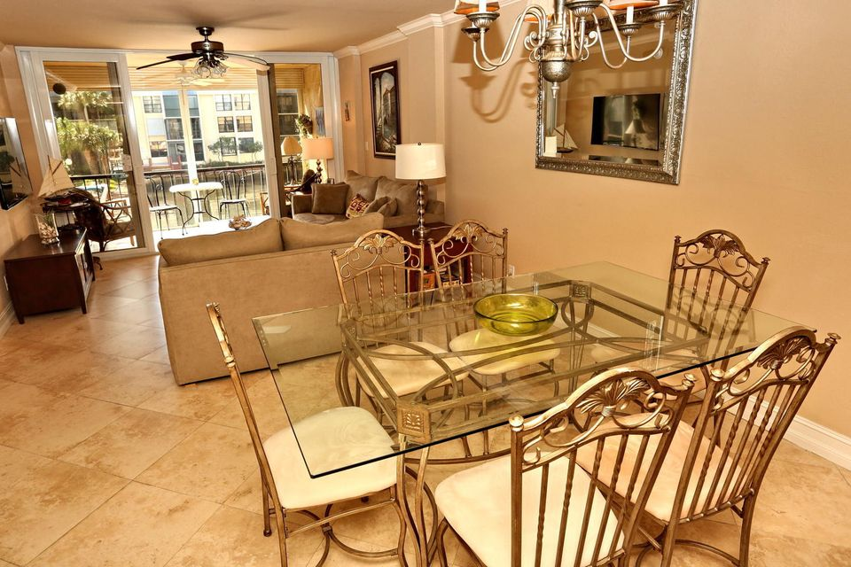 9 Royal Palm Way 203 Boca-large-019-20-D