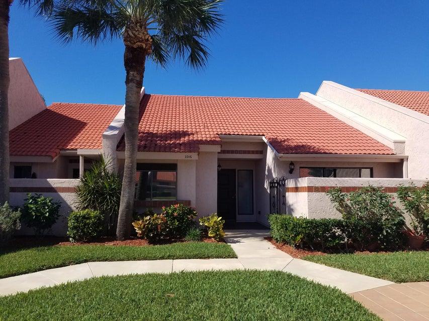 Villa for Sale at 3315 SE La Prado Court 3315 SE La Prado Court Port St. Lucie, Florida 34952 United States