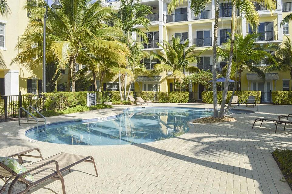 226 N Latitude Circle 306, Delray Beach, FL 33483