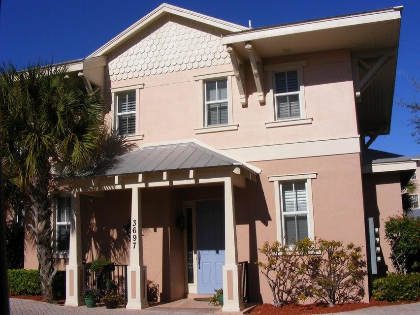 3697 NE Renar Avenue, Jensen Beach, FL 34957