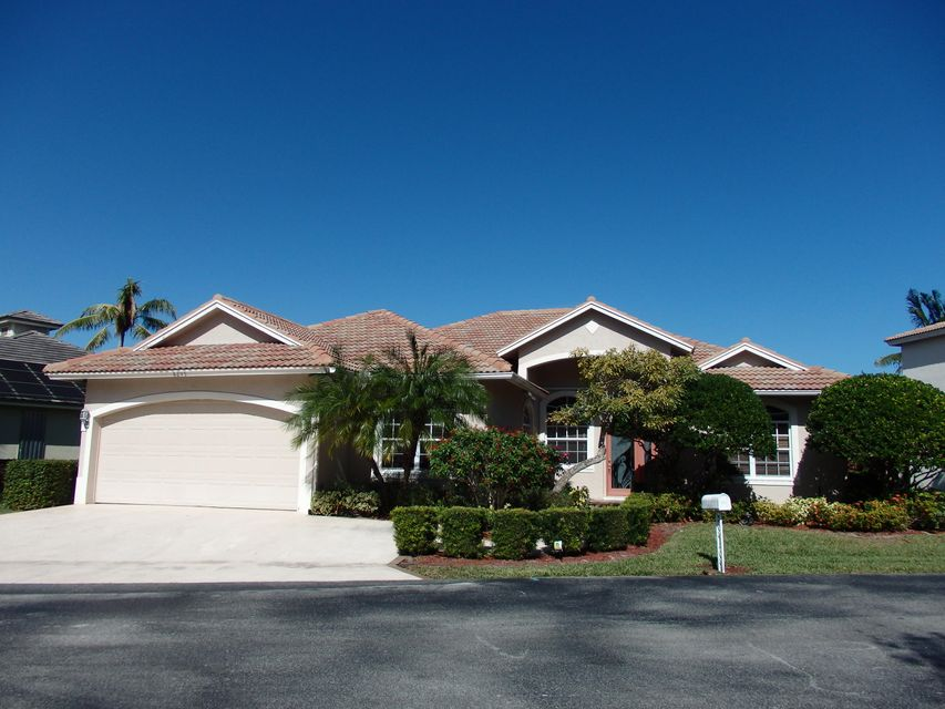 8295 SE Governors Way, Hobe Sound, FL 33455