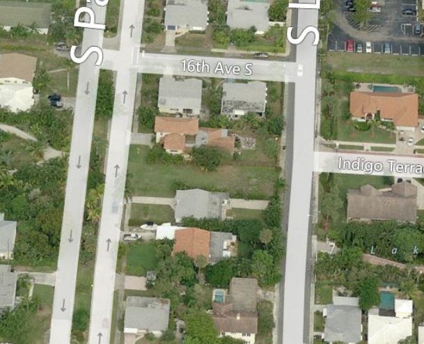 1614 S Palmway  Lake Worth, FL 33460