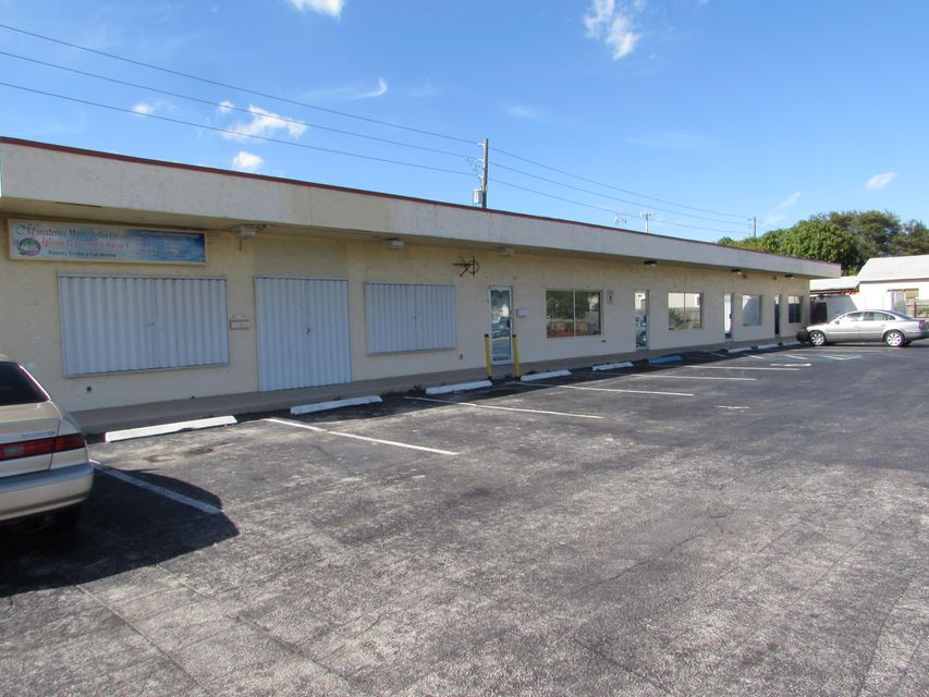 Additional photo for property listing at 2201 E East Coast Street 2201 E East Coast Street Lake Worth, Florida 33460 United States