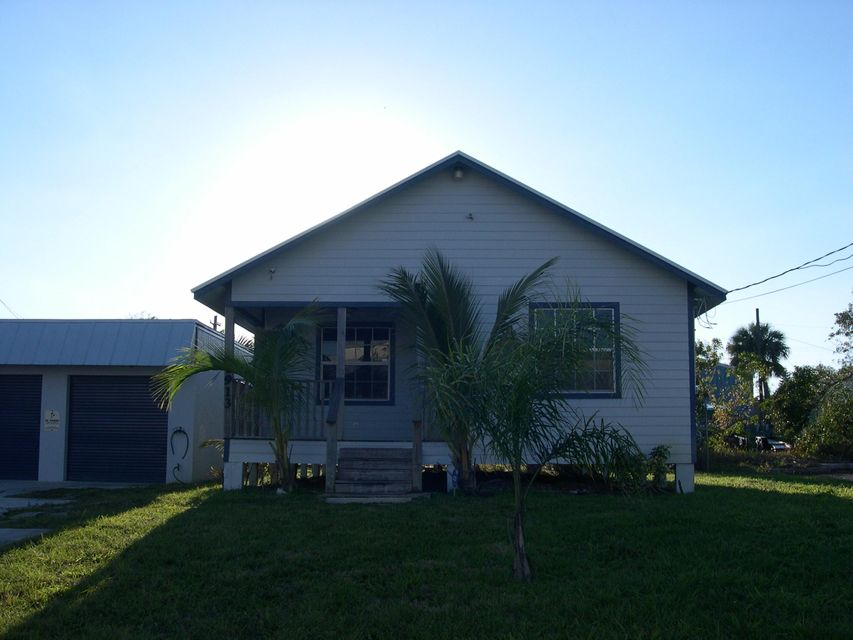 1911 Old Dixie Highway, Fort Pierce, FL 34950