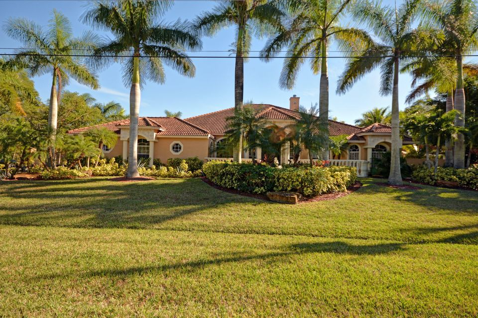 348 SW Paar Drive, Port Saint Lucie, FL 34953