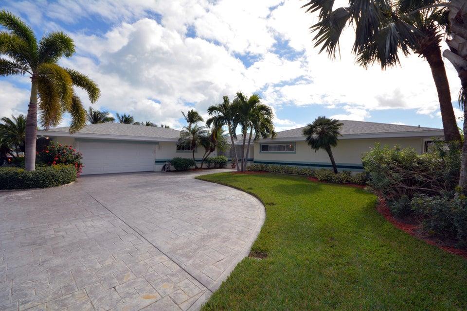 1625 Thumb Point Drive, Fort Pierce, FL 34950