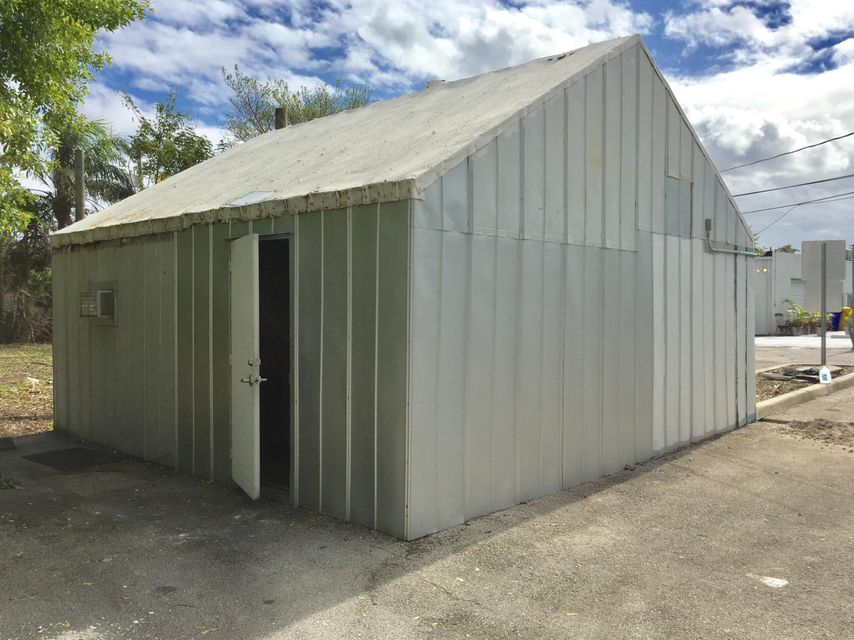 Additional photo for property listing at 1237 N Federal Highway 1237 N Federal Highway 德尔雷比奇海滩, 佛罗里达州 33483 美国