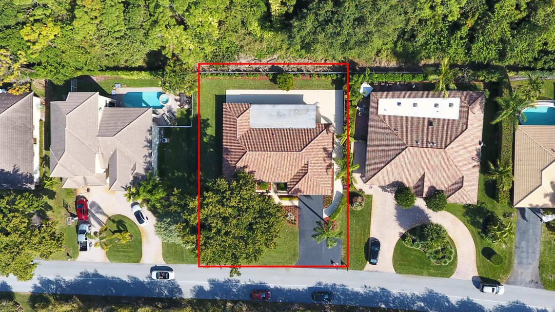 DELRAY DUNES FIRST SECTION    LT 8 BLK 1