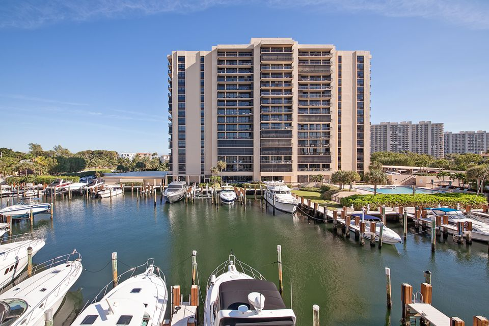 4748 S Ocean Boulevard 1004, Highland Beach, FL 33487