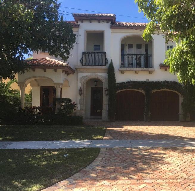 33 SE Olive Way, Boca Raton, FL 33432