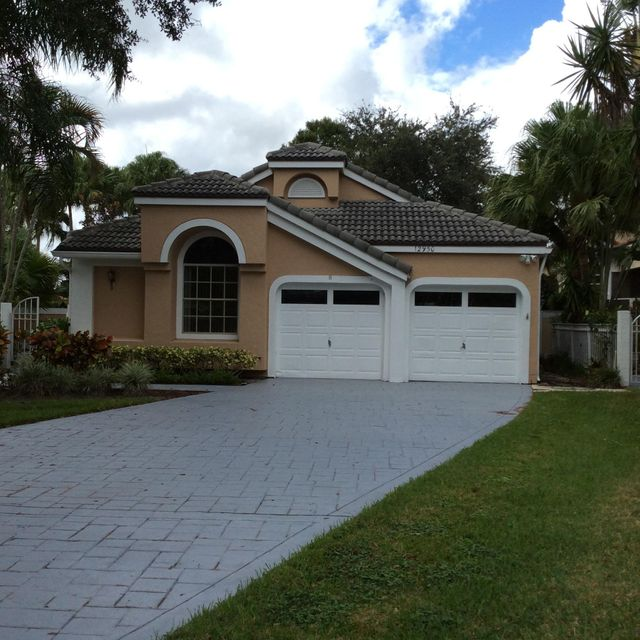 12950 Oak Knoll Drive, Palm Beach Gardens, FL 33418