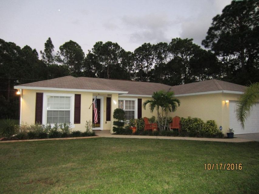 507 Dixon Road NW, Palm Bay, FL 32907