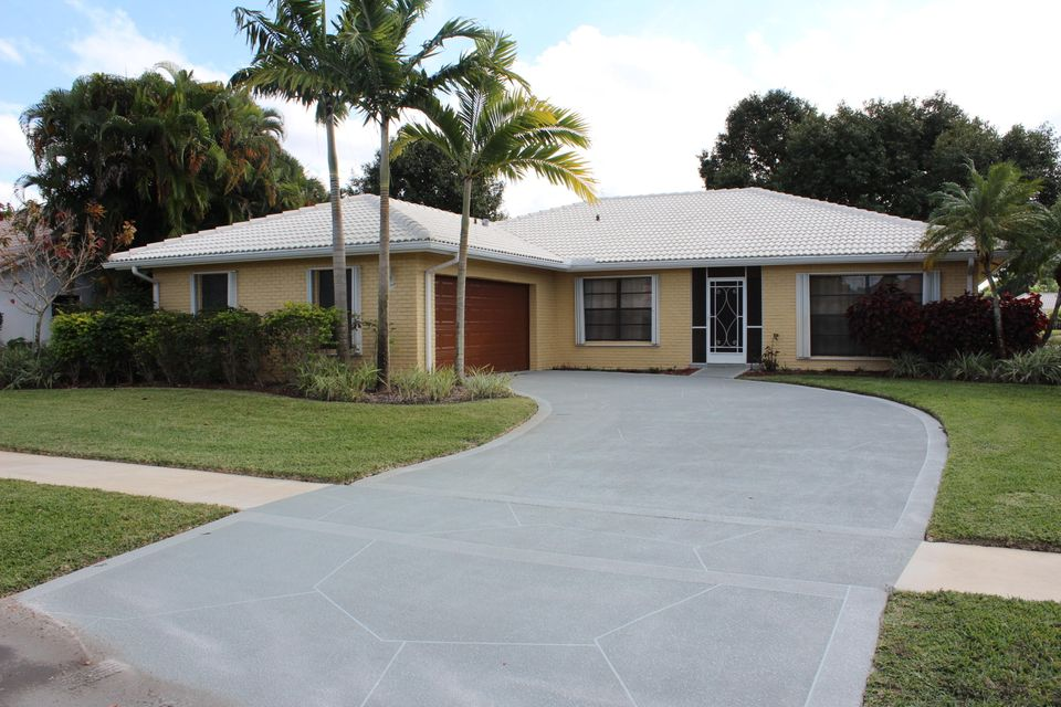 10102 Crosswind Road, Boca Raton, FL 33498