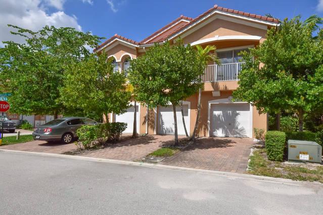 3201 scarletta drive riviera beach fl 33404 rx 10305840 in villa