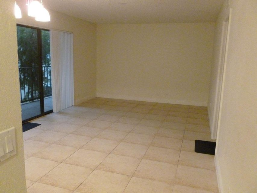 1521 Windorah Way H , West Palm Beach FL 33411 is listed for sale as MLS Listing RX-10305636 6 photos