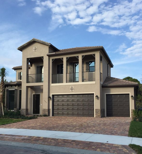 1097 NE Savannah Oaks Way, Jensen Beach, FL 34957