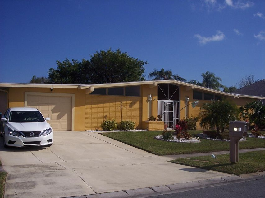 721 Montclair Road NE, Palm Bay, FL 32905