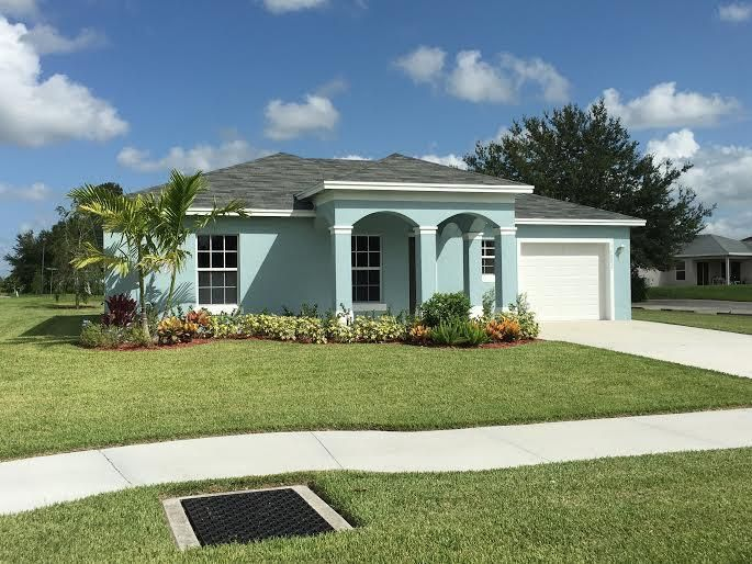 15220 SW Rosemary Scrub Street, Indiantown, FL 34956