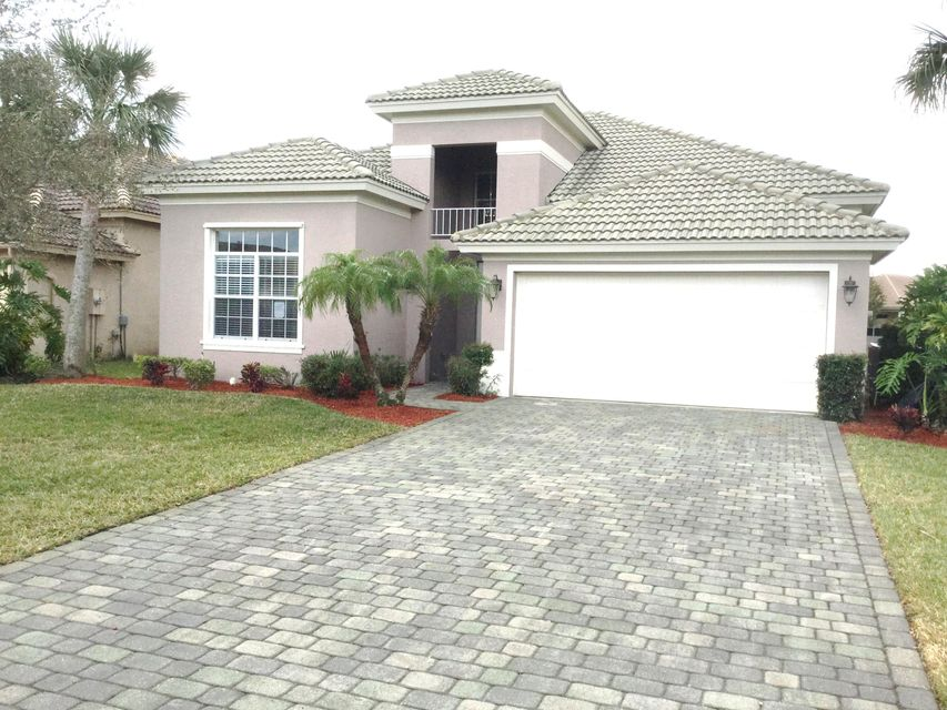 322 NW Somerset Circle, Port Saint Lucie, FL 34986
