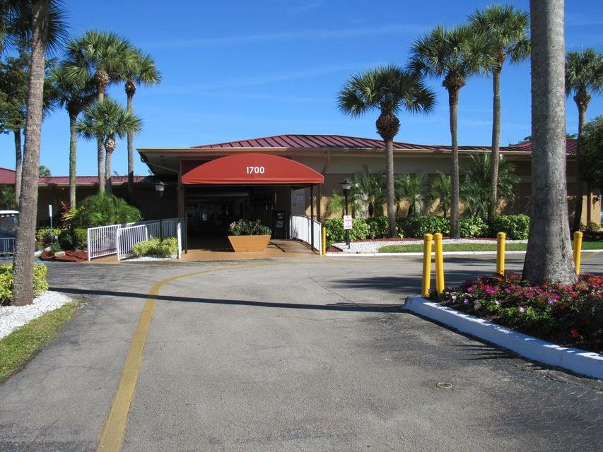 Lake Evelyn Drive West Palm Beach Fl